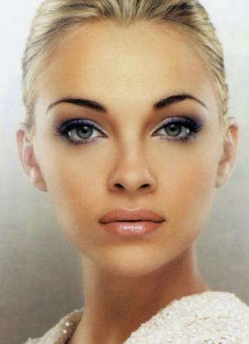 Es mejor ser guapa que inteligente